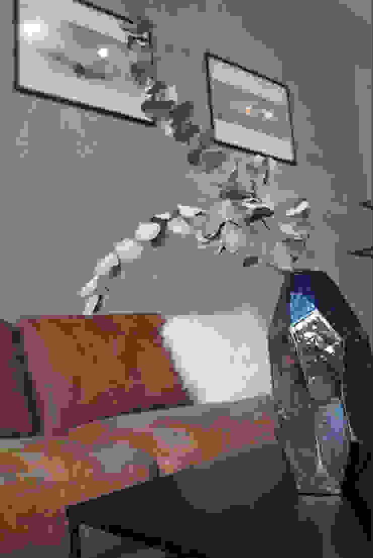 Ivy's Design - Interior Designer aus Berlin Kantor & Toko Modern Keramik Purple/Violet