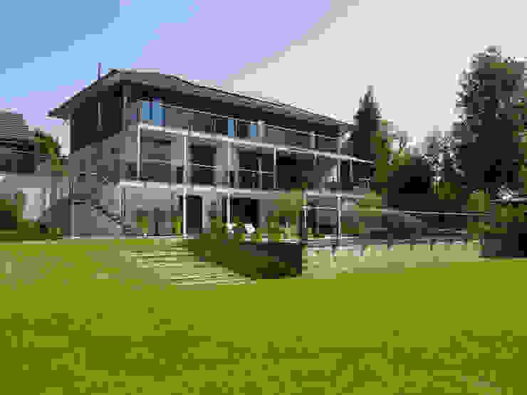 Baufritz House Bond Baufritz (UK) Ltd. Balconies, verandas & terraces Accessories & decoration Aluminium/Zinc Beige