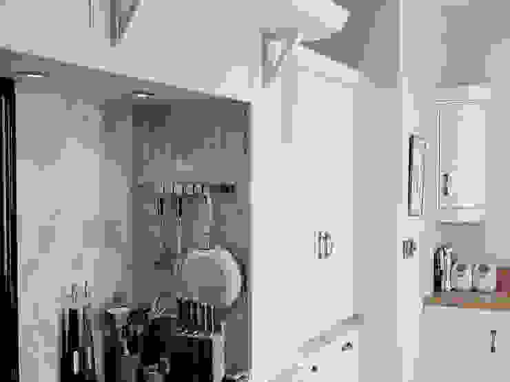 Landlord-Living.de / Küper Interior GmbH Kitchen Solid Wood White