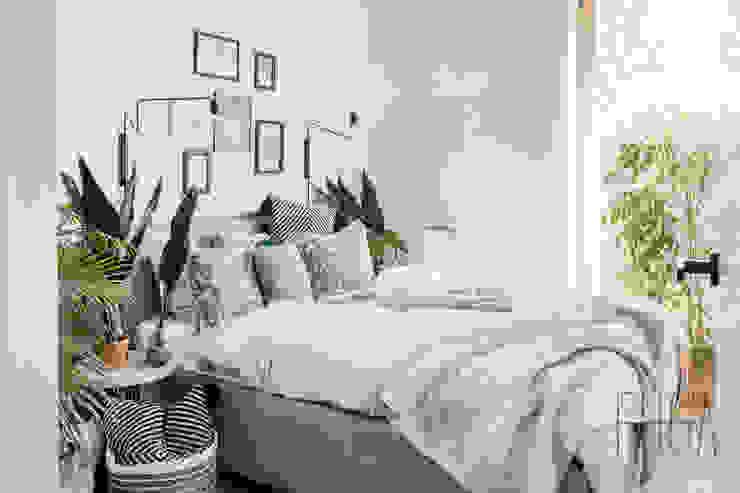 Fuga Architektura Wnętrz Camera da letto minimalista Bianco