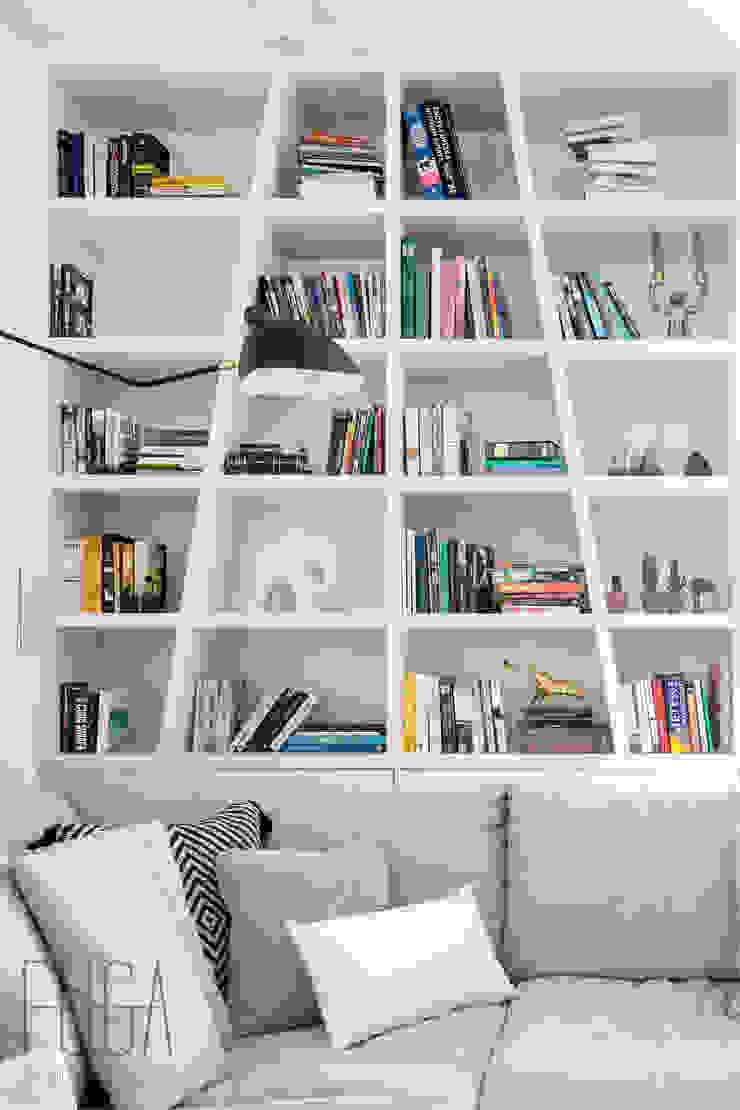 Fuga Architektura Wnętrz Soggiorno minimalista