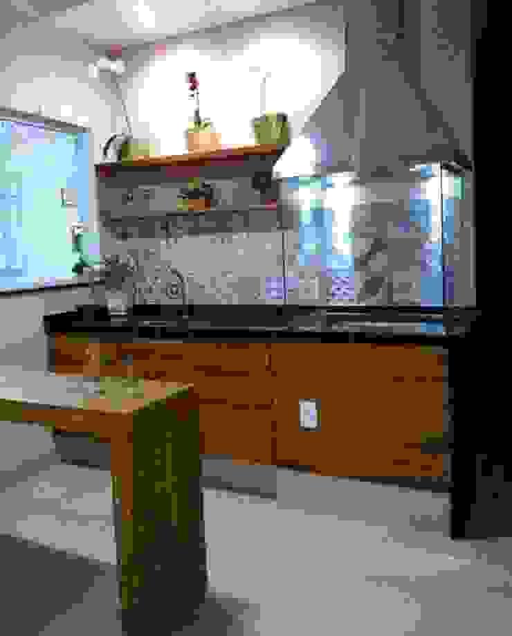 Catini & Catini arquitetura Cucina piccola