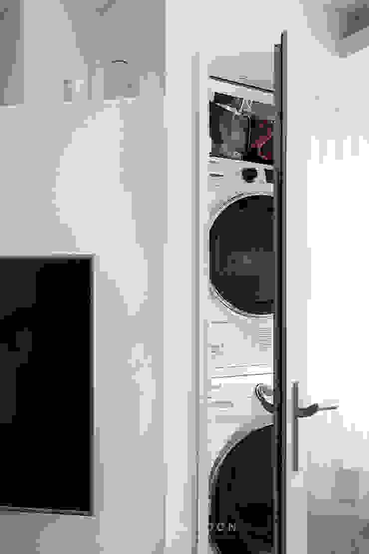 12PY 잠실 리센츠 아파트 인테리어 _ 좁은 공간을 활용한 신혼부부의 공간 인테리어 by 영훈디자인 모던