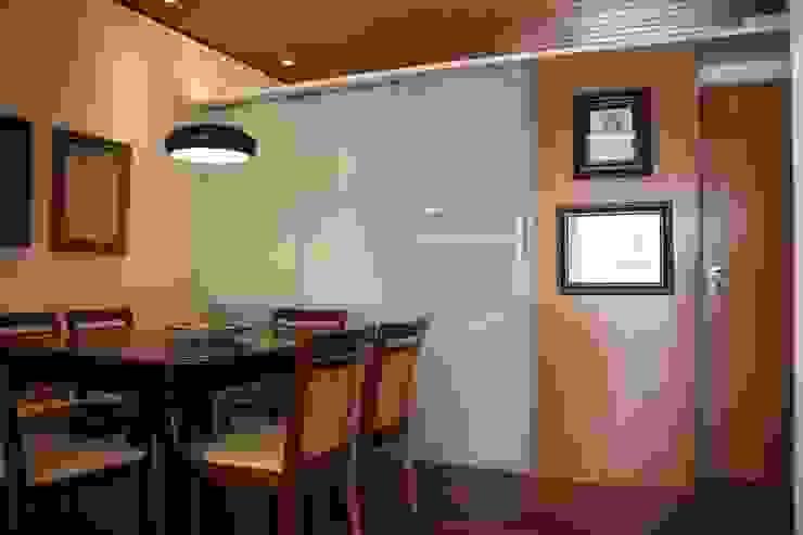 Apartamento MLA Salas de jantar clássicas por Viviane Cunha Arquitetura Clássico