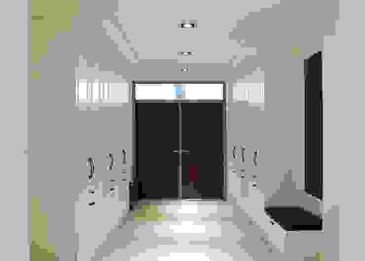 中壢-徐公館 經典風格的走廊,走廊和樓梯 根據 沐寬室內裝修設計有限公司 古典風