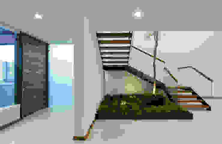 A SAUL LARA arquitectos Escaleras