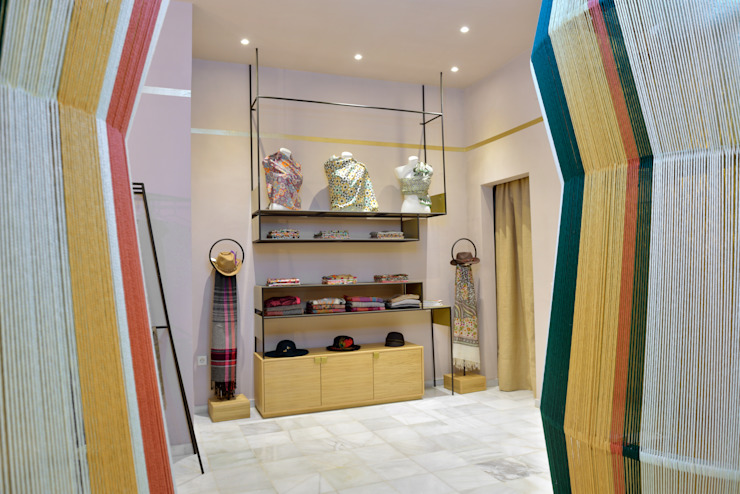 Locaux commerciaux & Magasin coloniaux par Piedra Papel Tijera Interiorismo Colonial