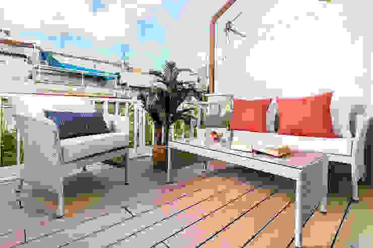 Simetrika Rehabilitación Integral Mediterranean style balcony, porch & terrace