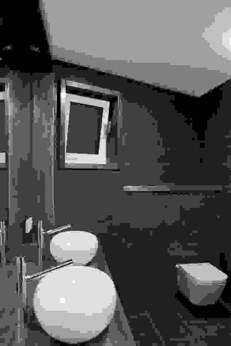 Baño principal Baños de estilo moderno de SA31ARQUITECTURA Moderno