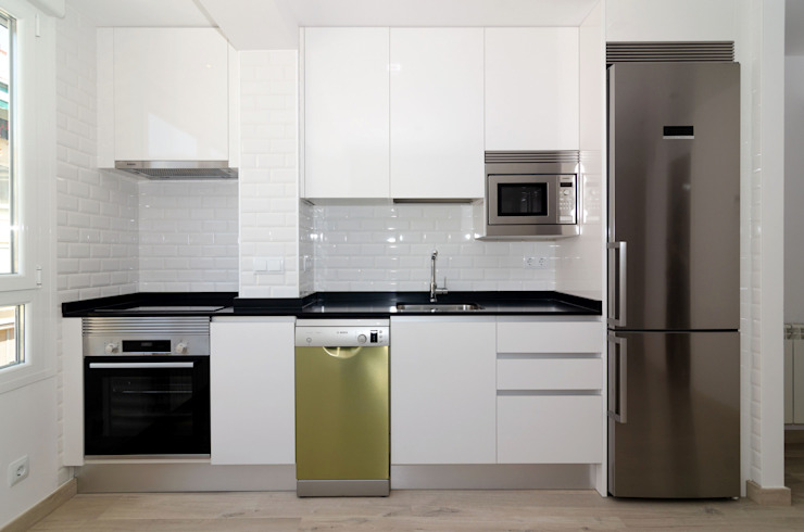 Simetrika Rehabilitación Integral Modern style kitchen