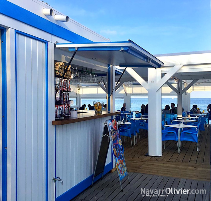 Bar & Klub Gaya Mediteran Oleh NavarrOlivier Mediteran Kayu Wood effect