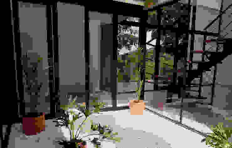 Diseño y Visualización Jardines de estilo moderno de Arquitectura y Visualización Moderno