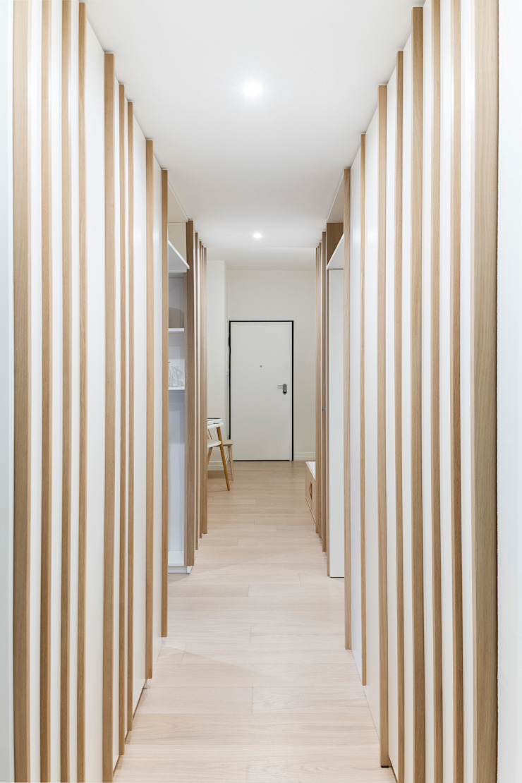 Scandinavian style corridor, hallway& stairs by PLUS ULTRA studio Scandinavian Wood Wood effect