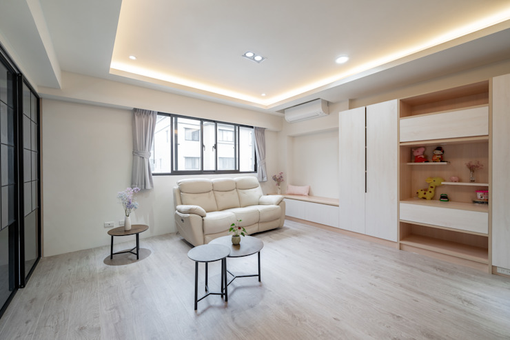 二樓獨立的客廳空間 Scandinavian style living room by 藏私系統傢俱 Scandinavian