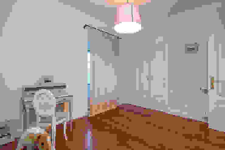 Atelier d'Maison Modern style bedroom