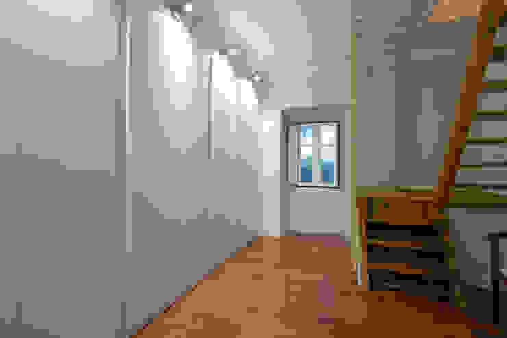 Atelier d'Maison Spogliatoio moderno