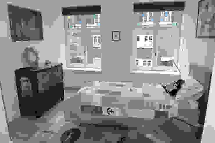 Dormitorios infantiles de estilo  por Dineke Dijk Architecten, Clásico