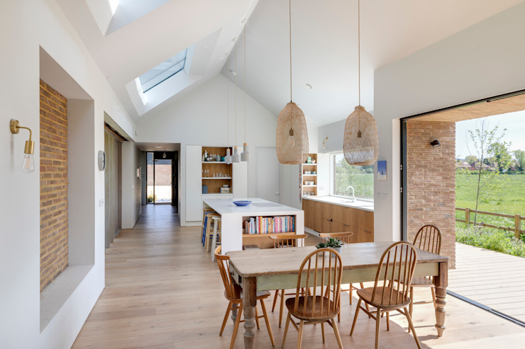 Loxley Stables, 2019 TAS Architects Modern living room