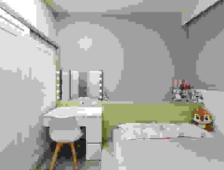 灰色牆面搭配巨星鏡 根據 元作空間設計 現代風