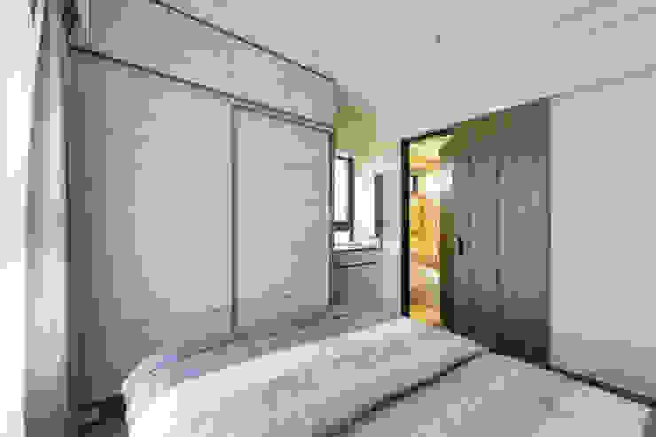 主臥室│廁所拉門 根據 元作空間設計 現代風