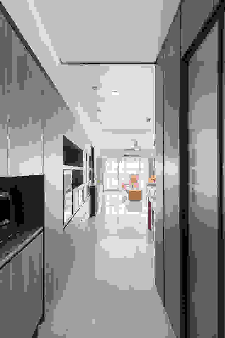 玄關 現代風玄關、走廊與階梯 根據 元作空間設計 現代風