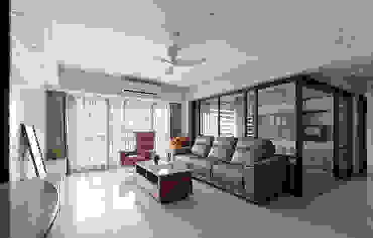 客廳及書房 现代客厅設計點子、靈感 & 圖片 根據 元作空間設計 現代風
