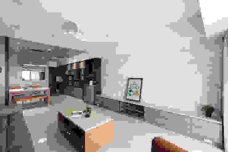 玄關櫃及電視牆 根據 元作空間設計 現代風