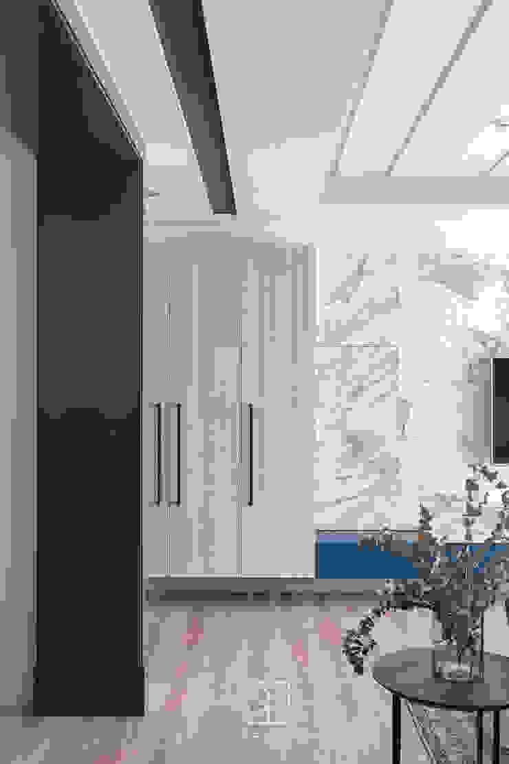 鞋櫃 現代風玄關、走廊與階梯 根據 禾廊室內設計 現代風