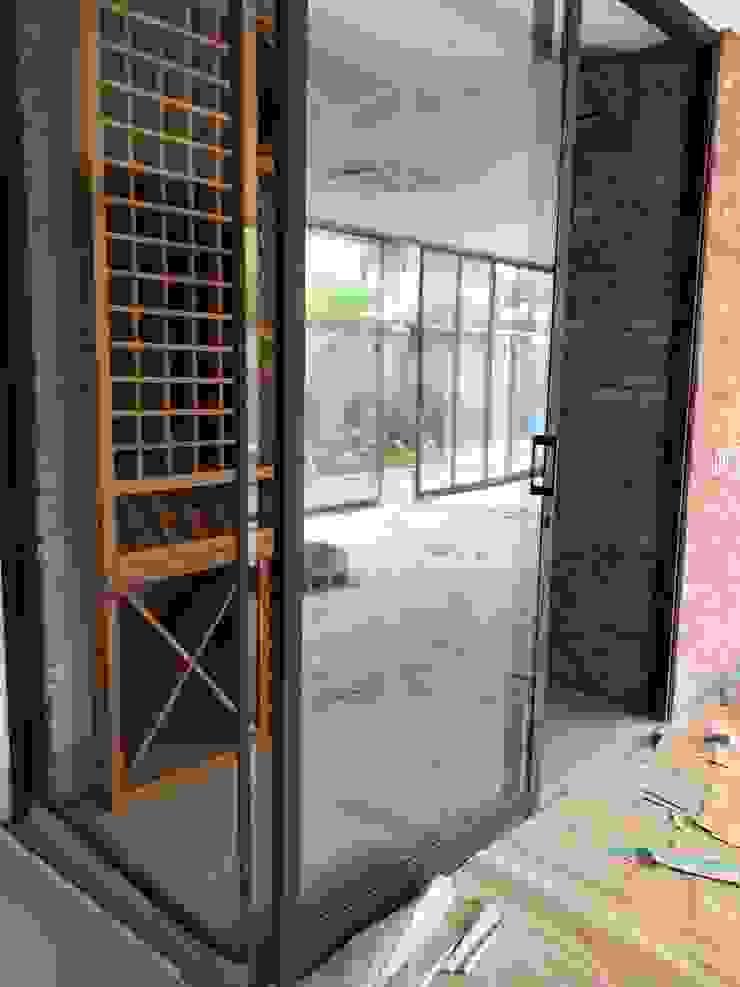 Gibeli Refrigeração ห้องเก็บไวน์ กระจกและแก้ว Wood effect