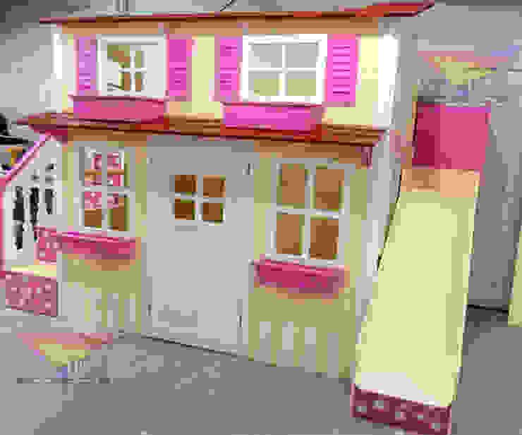 Preciosa casita de lunares en amarillo de camas y literas infantiles kids world Moderno Derivados de madera Transparente