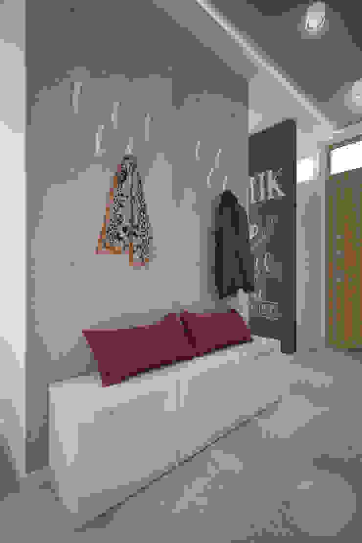 Moderner Flur, Diele & Treppenhaus von Nevi Studio Modern