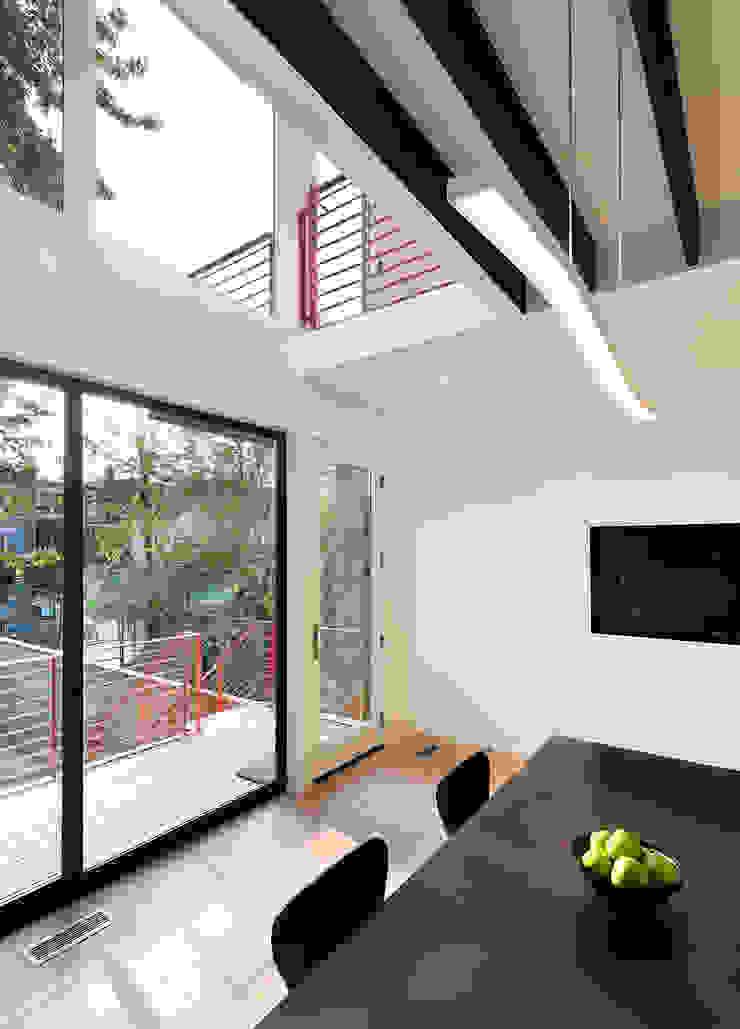 Modern Pencere & Kapılar KUBE Architecture Modern