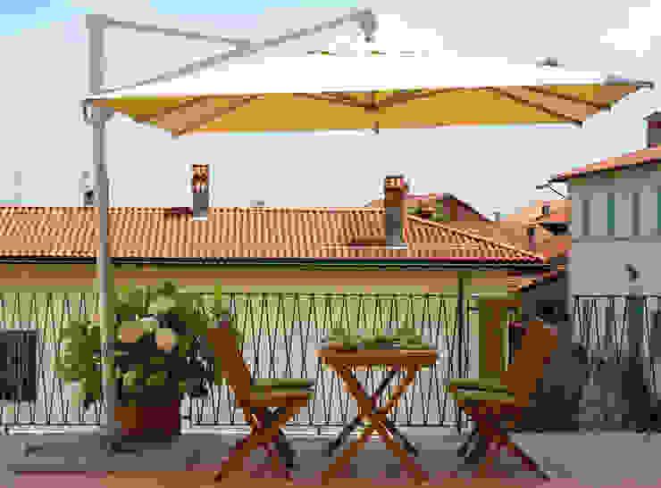 Ombrellone Palo Laterale da Giardino in Alluminio 3X3m con Maniglione Vorghini ConTract Grigio e Ecrù GiordanoShop GiardinoGazebi & Serre Alluminio / Zinco Bianco