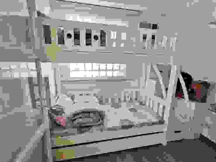 Zinnia Towers Project TG Designing Corner Small bedroom