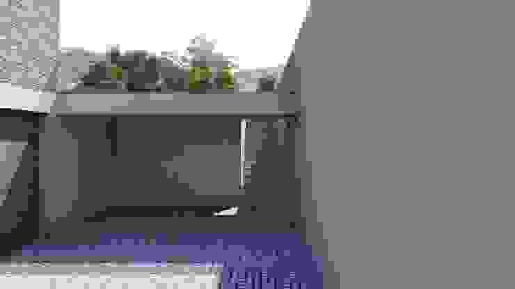 Casa da Lomba - Amarante : Casas unifamilares  por Miguel Zarcos Palma,Minimalista