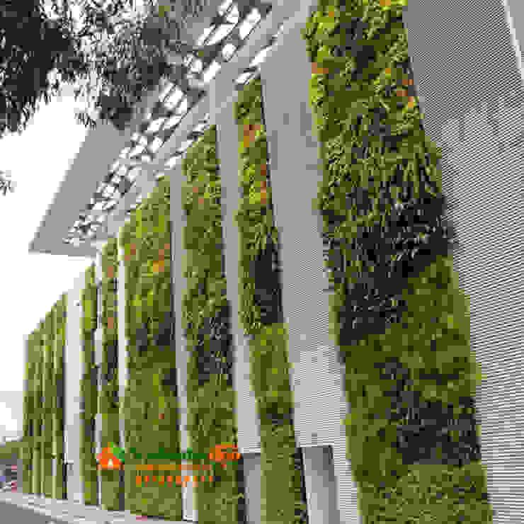 Thi công tường Rêu Nội Thất bởi Công Ty TNHH XD Cảnh Quan Vườn Nhà Đẹp Chiết trung