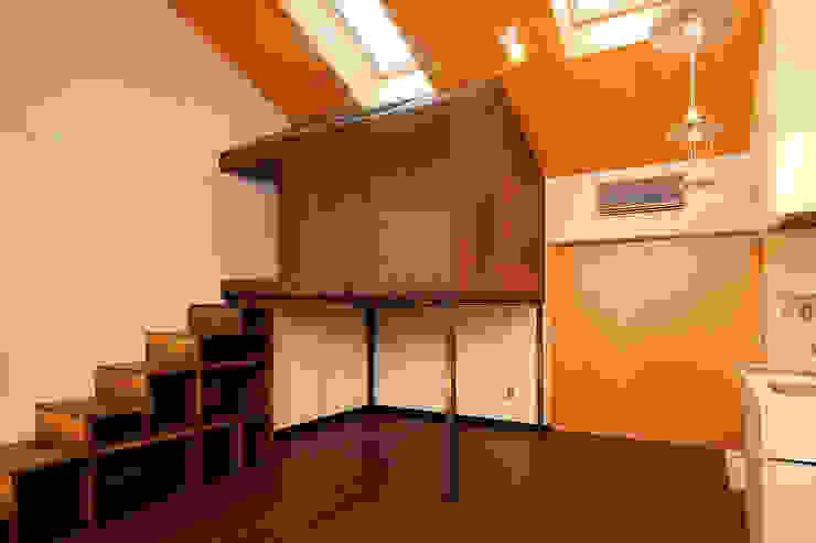 鳥小屋ルーム の 一級建築士事務所 感共ラボの森 オリジナル 木 木目調
