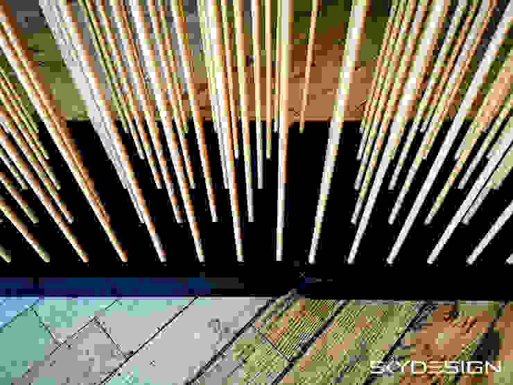 Bambus Raumteiler mieten - Hersteller Skydesign: modern  von www.skydesign.news - Raumteiler aus Berlin - Sichtschutz Terrasse,Modern Kunststoff Braun