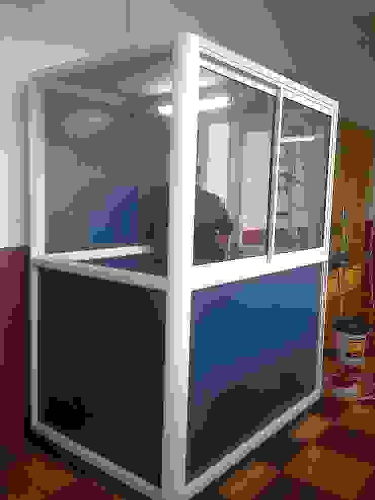 Caseta para oficina de inspectoria para Liceo Tecnico Femenino, Temuco de CEC Espinoza y Canales LTDA Moderno