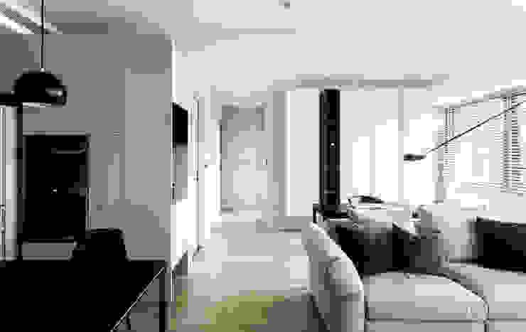 蘆洲LZ宅 现代客厅設計點子、靈感 & 圖片 根據 初向設計 現代風