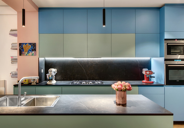 Built-in kitchens by Alessandra Pisi / Pisi Design Architectes, Modern سنگ مرمر
