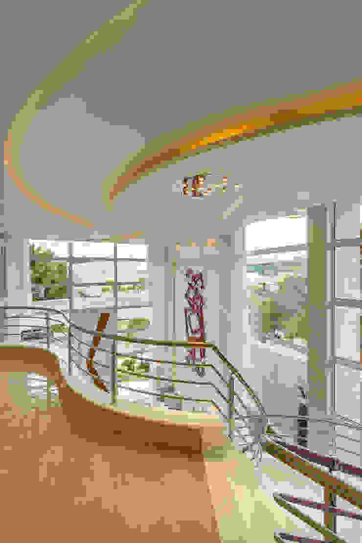 Casa Esplêndida por Arquiteto Aquiles Nícolas Kílaris Moderno