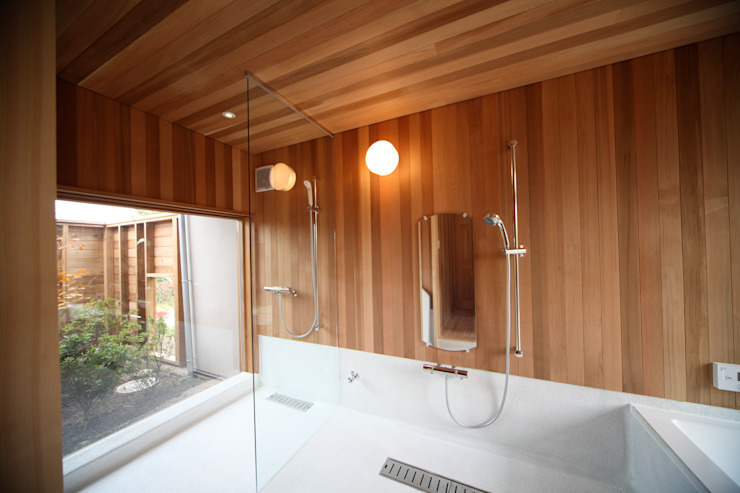Scandinavian style bathrooms by 株式会社高野設計工房 Scandinavian