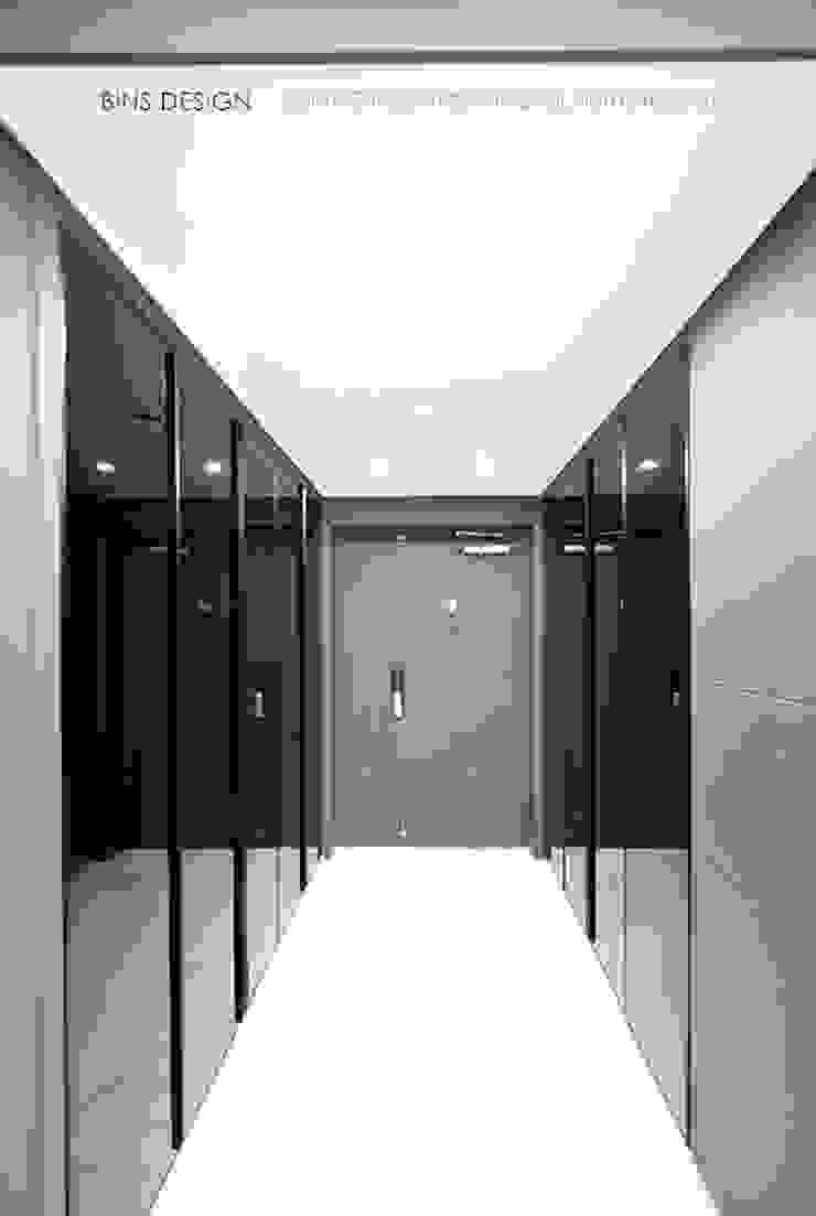 럭셔리 모던 컨셉 인테리어 모던스타일 복도, 현관 & 계단 by 빈스디자인 모던