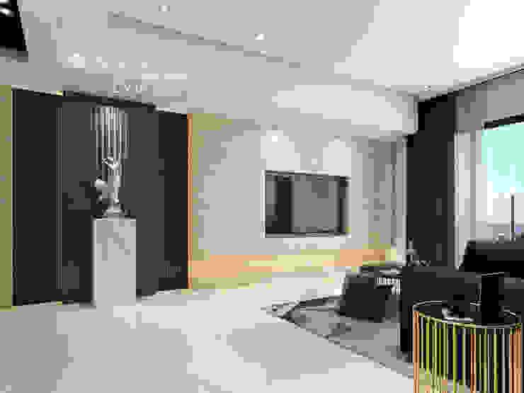 電視牆 现代客厅設計點子、靈感 & 圖片 根據 木博士團隊/動念室內設計制作 現代風