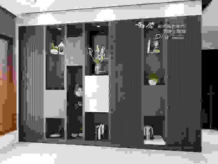 牆面櫃體 根據 木博士團隊/動念室內設計制作 現代風