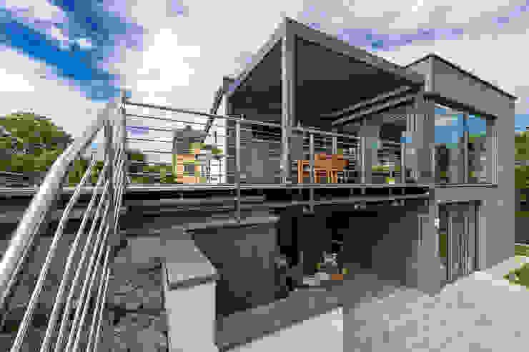 現代房屋設計點子、靈感 & 圖片 根據 AL ARCHITEKT - in Wien 現代風 石英