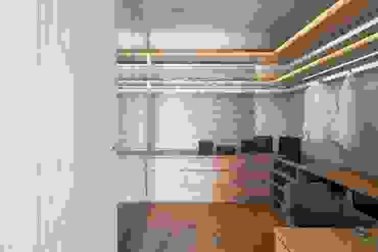 開放式更衣室設計 根據 極簡室內設計 Simple Design Studio 現代風