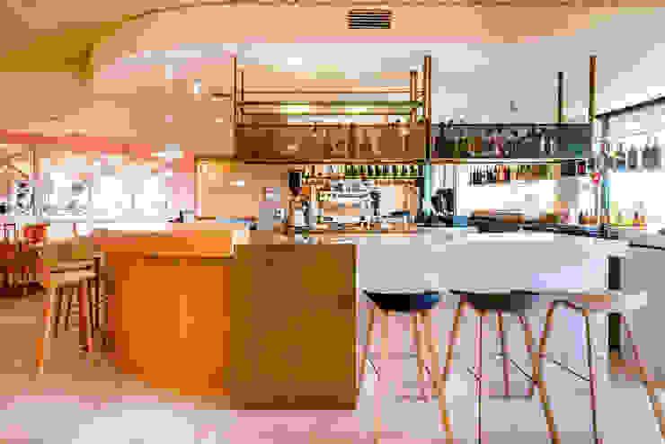 Bar Saborea Piedra Papel Tijera Interiorismo Bares y discotecas
