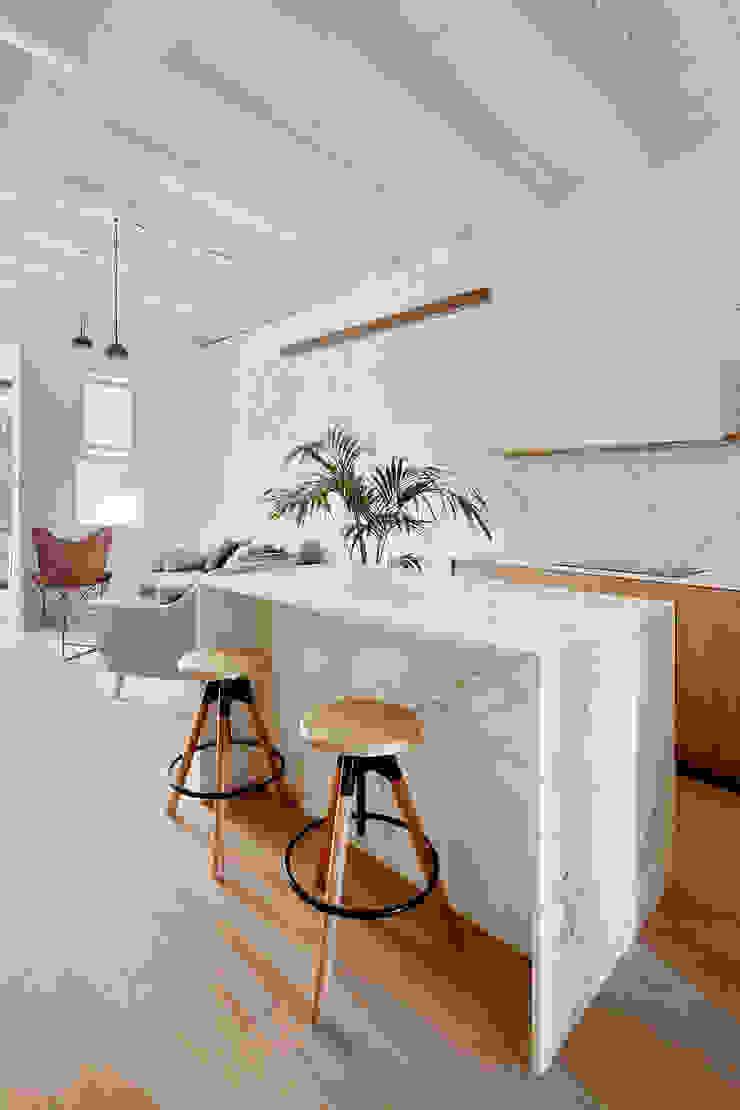 Vivienda particular · Gracia Cocinas de estilo moderno de Piedra Papel Tijera Interiorismo Moderno